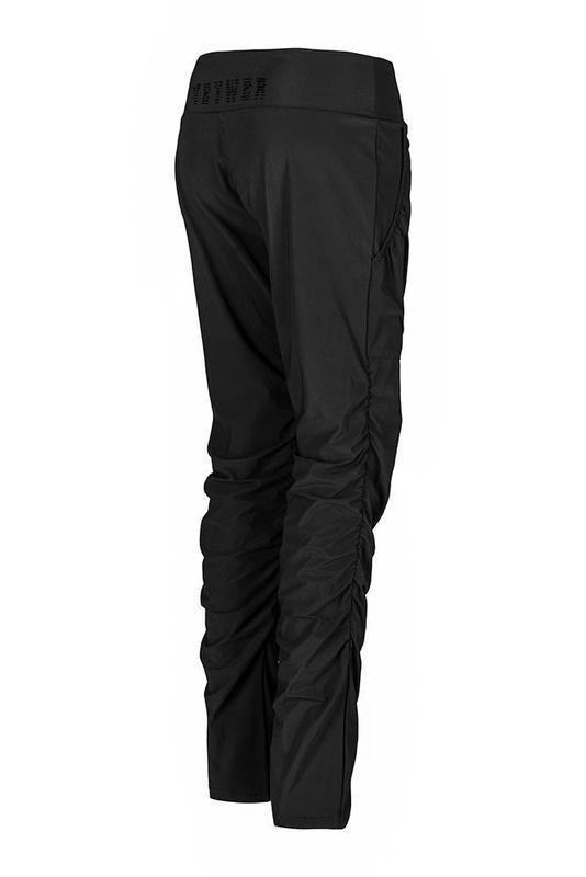 Dámské zateplené elastické kalhoty ZK923 černé a248ece94b